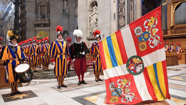 В Ватикане к торжественной присяге были приведены 34 новобранца Швейцарской гвардии