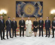 Святейший Отец встретился с президентом Аргентины