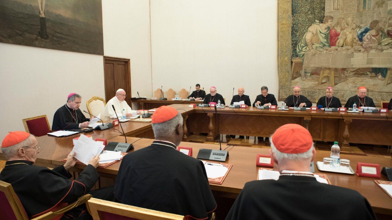 Папа встретился с руководителями подразделений Римской Курии