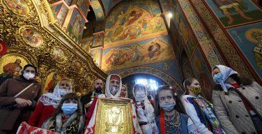Святейший Отец поздравил верующих восточной традиции с Пасхой