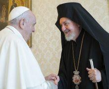 В преддверии торжества Святых Первоверховных Апостолов Петра и Павла Папа Франциск приветствовал делегацию Вселенского Патриархата
