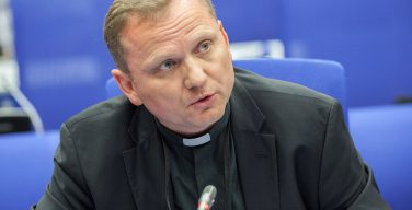 Ватикан выступил в защиту прав национальных меньшинств