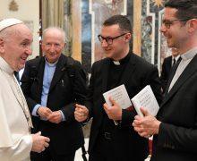 Папа Франциск призвал семинаристов читать Достоевского