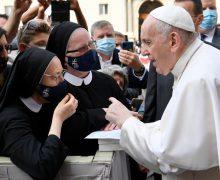 Папа на общей аудиенции: «Молитва – это дыхание жизни»