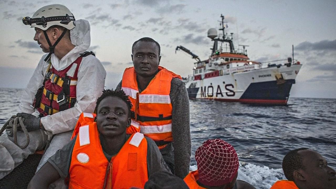 В воскресенье Церковь Италии помолится об утонувших мигрантах