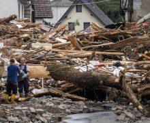 Папа Франциск молится о жертвах наводнения в Германии