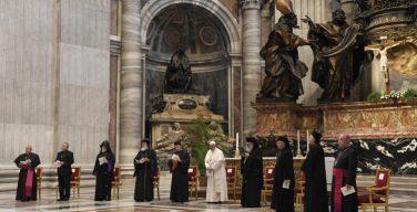 Папа Франциск помолился вместе с иерархами из Ливана о мире в их стране