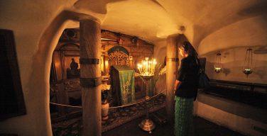 Ближним пещерам Киево-Печерской лавры грозит обвал