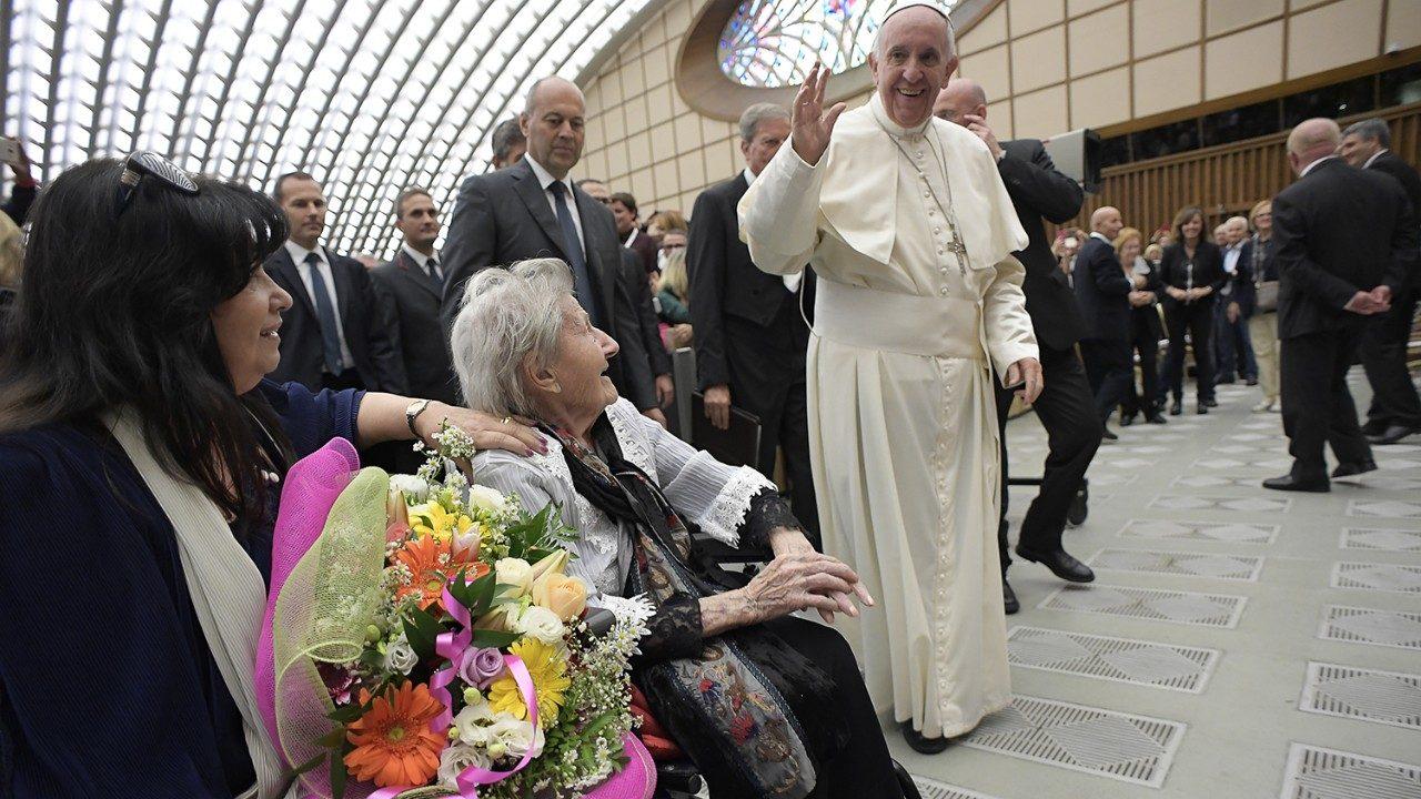 Ватикан: Всемирный день бабушек, дедушек и пожилых людей