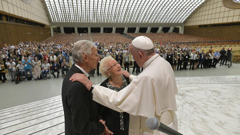 Молитва по случаю Первого Всемирного дня бабушек и дедушек и пожилых людей