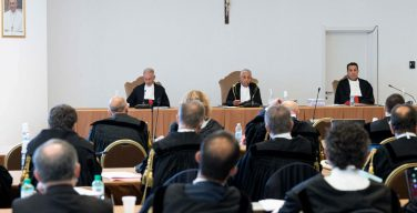 Суд Ватикана рассматривает беспрецедентное дело о финансовых махинациях
