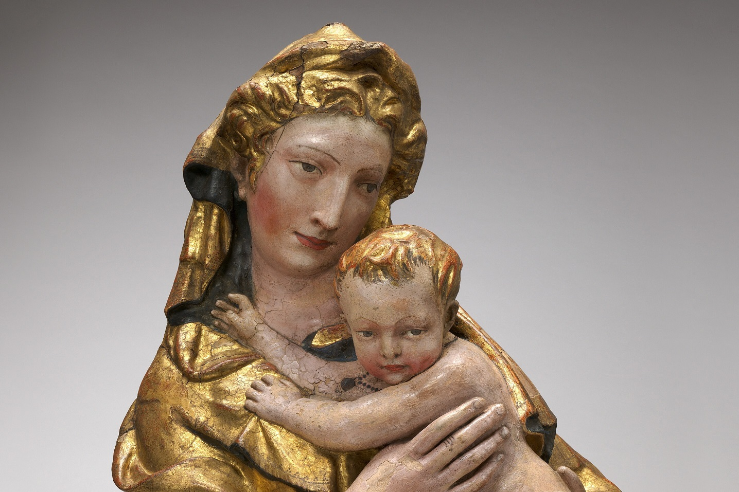 В Национальной галерее искусств в Вашингтоне отреставрировали флорентийскую терракотовую Мадонну XV века