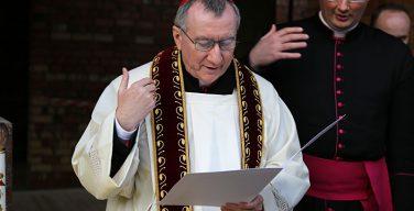 Кардинал Паролин совершит в Вильнюсе епископскую хиротонию новоназначенного нунция на Украине
