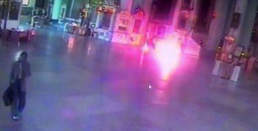 Загоревшийся в петербургском храме мужчина попал в больницу в тяжелом состоянии