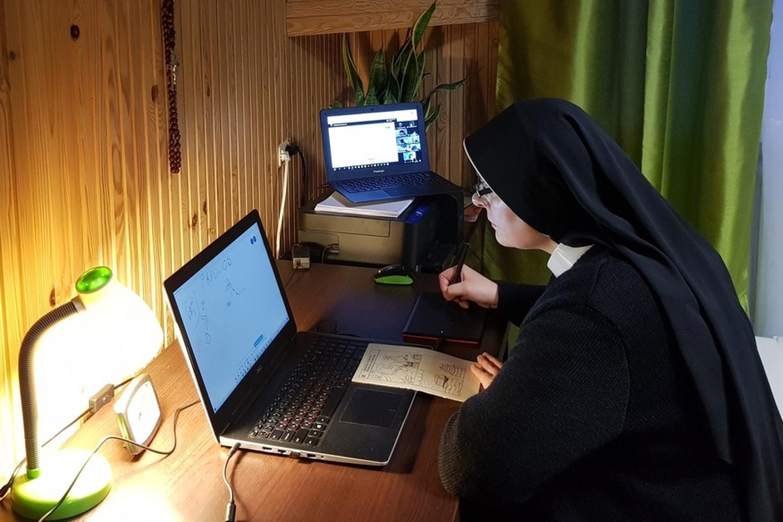 Как начать читать Библию? Советы от католической монахини из Беларуси