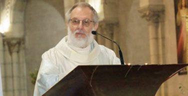 Церковь и власти Франции скорбят по убитому священнику