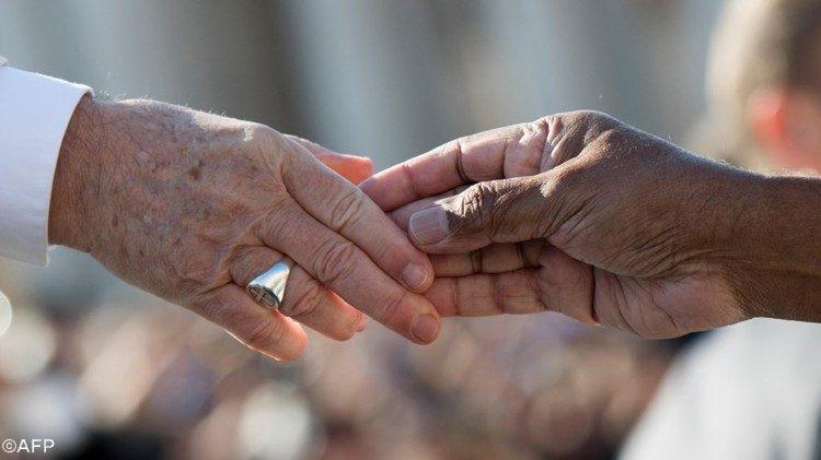 Папа Франциск обратился с посланием к итальянским епископам