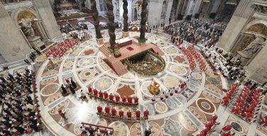 Папа издал временные нормы для Капитула собора Святого Петра