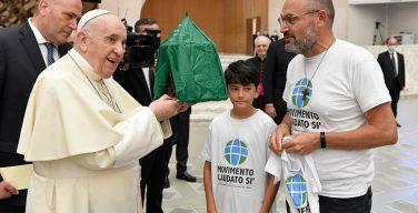 В сентябре Папа призвал молиться об экологичном образе жизни (ВИДЕО)