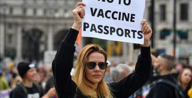 В Австралии 2500 церковных лидеров призвали правительство не вводить паспорта вакцинирования