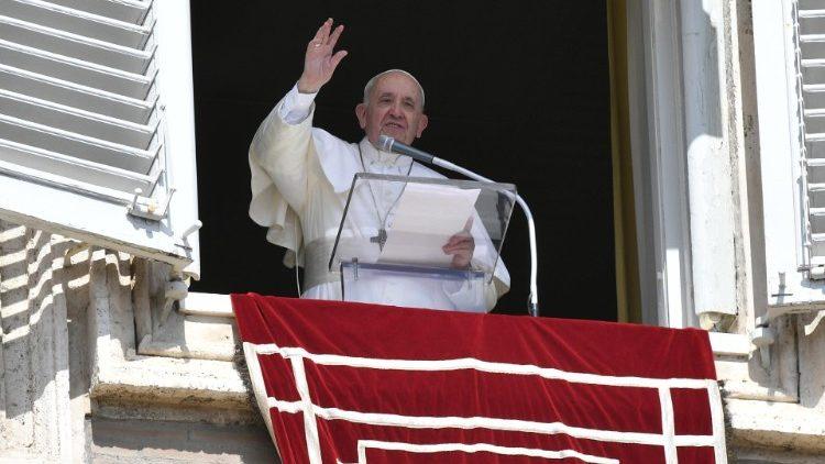Слово Папы Франциска перед чтением молитвы «Ангел Господень» в 25-е воскресенье Рядового времени. 19 сентября 2021 г., площадь Св. Петра