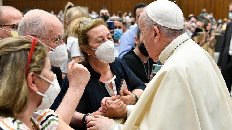 Папа Франциск на общей аудиенции 8 сентября размышлял о значимости таинства Крещения для созидания христианского единства
