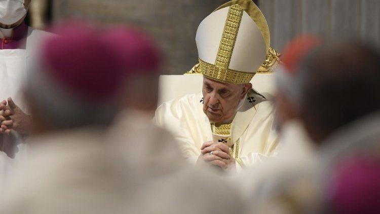 Папа Франциск возглавил Святую Мессу, которой открылась 50-я Пленарная Ассамблея Совета Епископских Конференций Европы