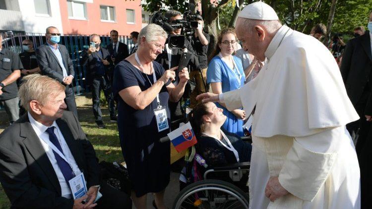 Вдохновленные визитом Папы Франциска словацкие католики приняли решение помочь Кубе
