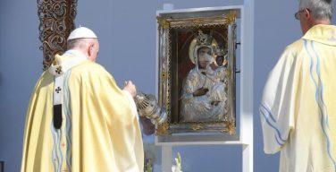 Визит Папы Франциска в Венгрию завершен