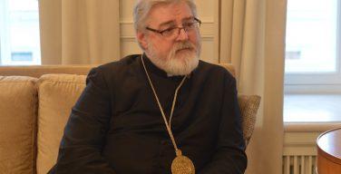 Англиканский епископ уходит в отставку, чтобы перейти в Католическую Церковь