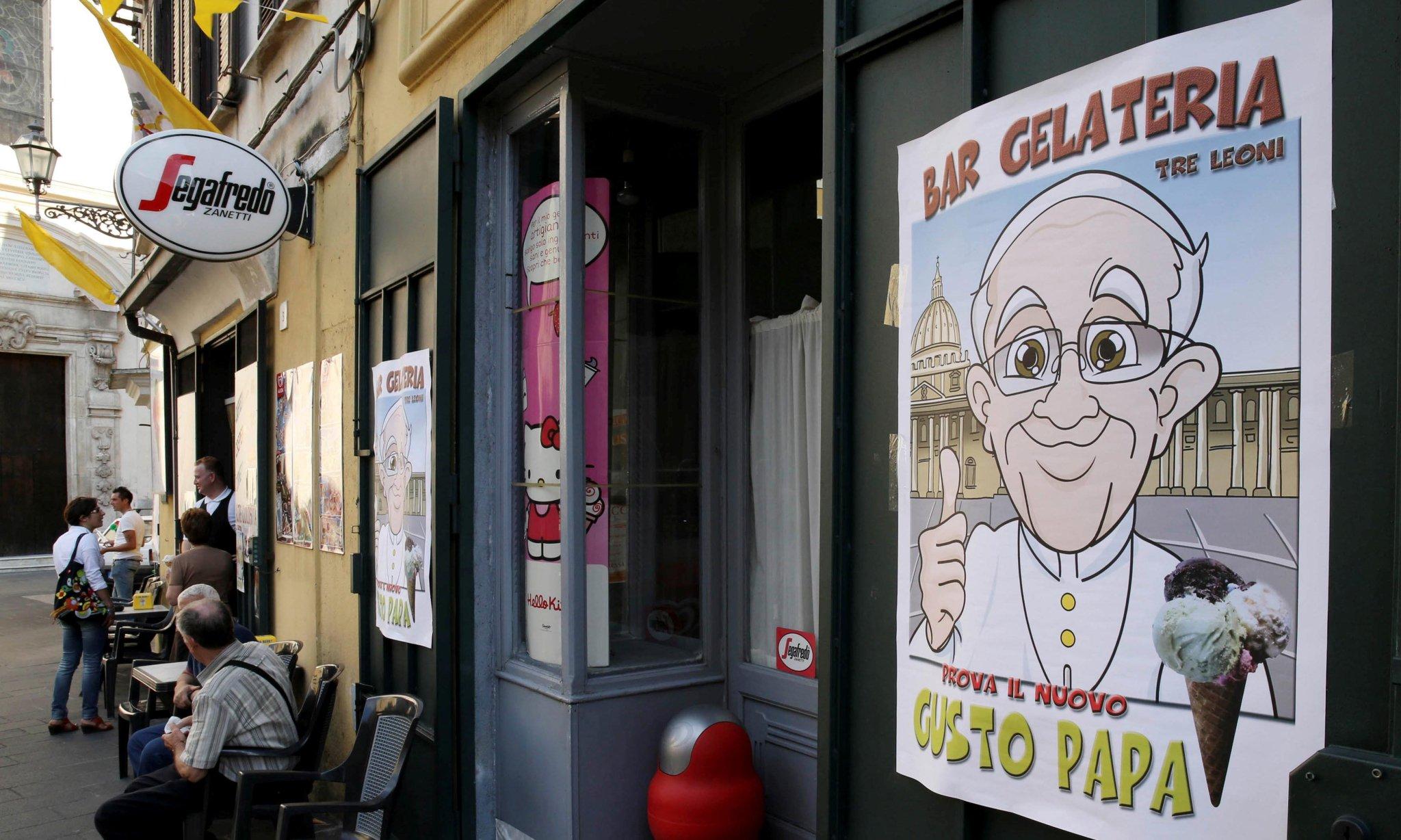 Папа Франциск отправил 15 тысяч порций мороженого заключенным двух римских тюрем