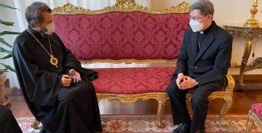 Состоялась встреча митрополита Илариона с кардиналом Луисом Антонио Тагле