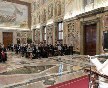Встречаясь с участниками международного конгресса известного благотворительного фонда, Папа Франциск подчеркнул, что социальная доктрина Церкви связана с тайной Пресвятой Троицы