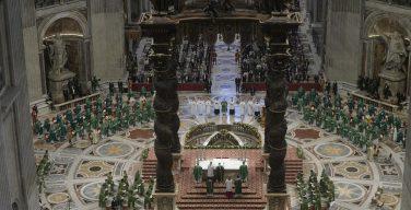 Папа Франциск возглавил Мессу открытия Синода