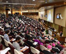 Папа Франциск открыл работу Синода в Ватикане
