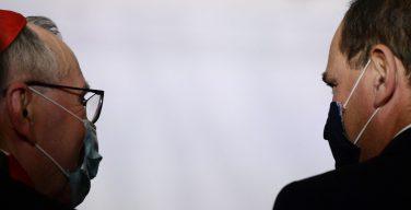 Госсекретарь Ватикана встретился с премьер-министром Франции