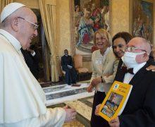 Папа Римский: отличие людей друг от друга – это богатство