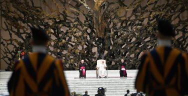 Общая аудиенция 13 октября. Папа: свобода христианской веры динамична