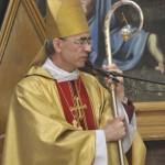 Епископ Верт с новым пасторалом