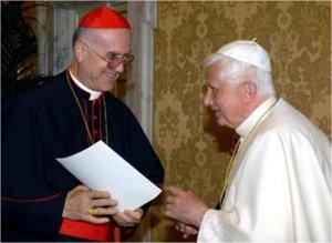 Бенедикт XVI с кардиналом Тарчизио Бертоне