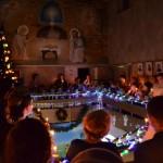 Christmas_in_catholic_scool (15)