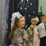Christmas_in_catholic_scool (5)