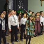 Christmas_in_catholic_scool (9)