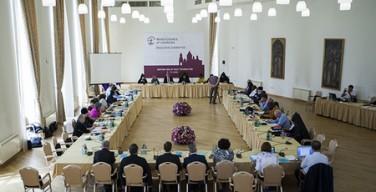 В Эчмиадзине проходит заседание исполкома Всемирного совета Церквей