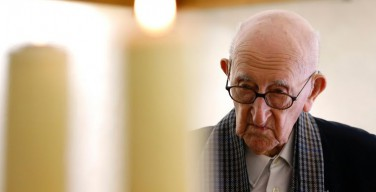 В свои 105 лет старейший католический священник мира продолжает служить воскресные мессы