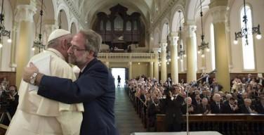 Папа в церкви вальденсов в Турине: образы исторического визита (ФОТО)
