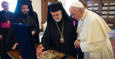 Папа Франциск встретился с делегацией от Константинопольского Патриархата