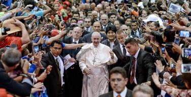 Папа – народным движениям: сказать «нет» преступной экономике