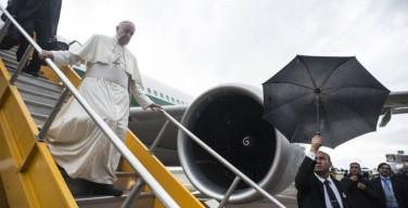 Лучшие фото прибытия Папы в Парагвай (фото)