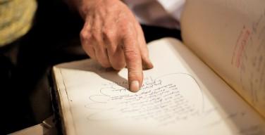 Ученые: почерки Александра I и старца Федора идентичны